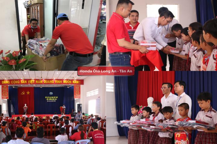 Honda Ô tô Long An trao tặng quà tiếp sức đến trường đầu năm học mới